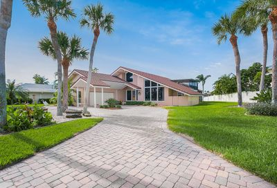 2 Willow Green Drive Cocoa Beach FL 32931