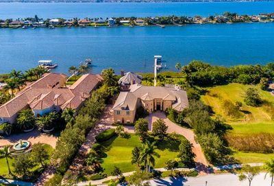 139 Lansing Island Drive Indian Harbour Beach FL 32937