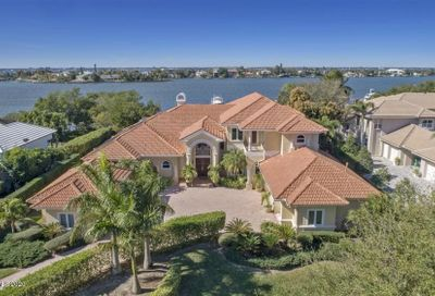 111 Lansing Island Drive Indian Harbour Beach FL 32937