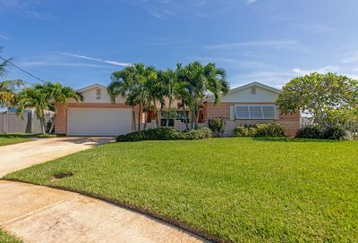 485 Carrioca Court Merritt Island FL 32953