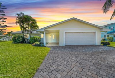 373 Hiawatha Way Melbourne Beach FL 32951