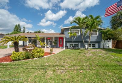 1046 Pinetree Drive Indian Harbour Beach FL 32937