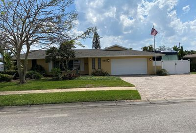 445 Hamlin Avenue Satellite Beach FL 32937