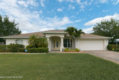 2090 Thornwood Drive Palm Bay FL 32909