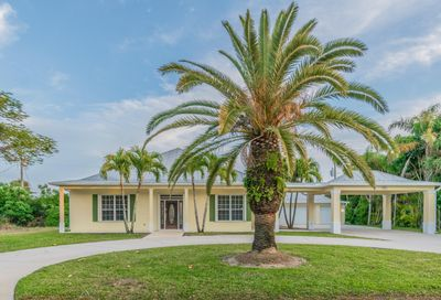 421 6th Avenue Indialantic FL 32903