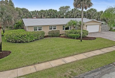 215 Lynn Avenue Satellite Beach FL 32937