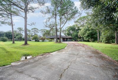 4975 Pinewood Place Cocoa FL 32926