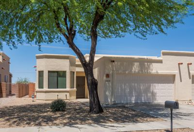 8129 N Peppersauce Drive Oro Valley AZ 85704