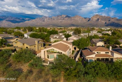 11139 N Olympic Place Oro Valley AZ 85737