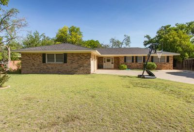 2605 10th Ave Canyon TX 79015