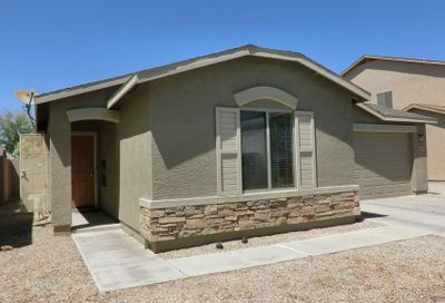 2494 E Meadow Land Drive San Tan Valley AZ 85140