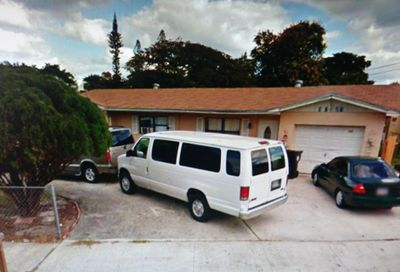 1727 9th N Avenue Lake Worth FL 33460