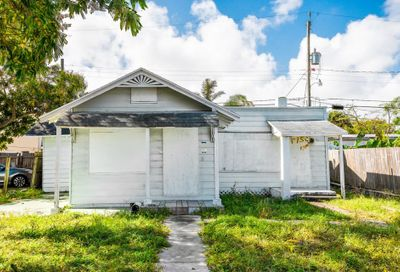 517 S C Street Lake Worth FL 33460