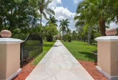 6044 Homeland Road Wellington FL 33449