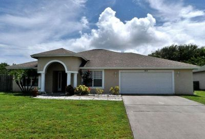 872 Sw Kappa Avenue Port Saint Lucie FL 34953