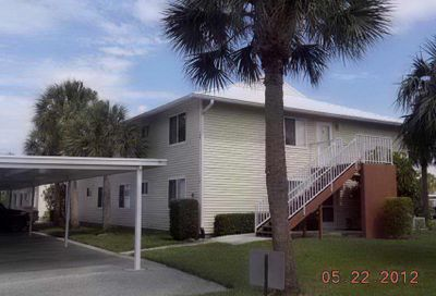 208 SE Village Drive Port Saint Lucie FL 34952