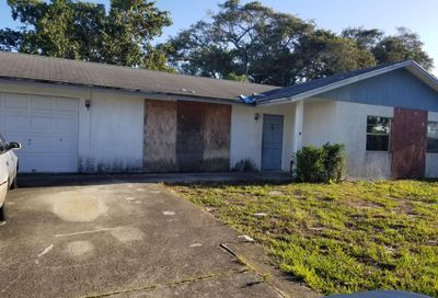 1926 Fittin Court Lake Worth FL 33461