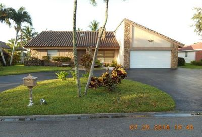 8762 SW 1st Place Coral Springs FL 33071