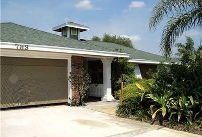 733 SE White Avenue Port Saint Lucie FL 34983