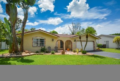 9041 NW 27 W Place Coral Springs FL 33065