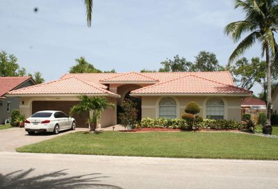 5135 NW 99th Way Coral Springs FL 33076