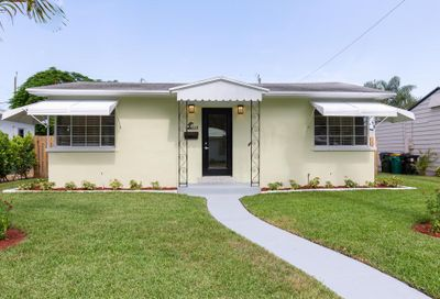 1114 N K Street Lake Worth FL 33460
