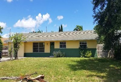 4323 Forest Lane Palm Springs FL 33406