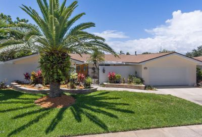 412 Bridgetown Court Satellite Beach FL 32937