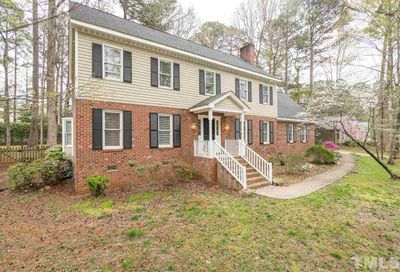 8416 Two Courts Drive Raleigh NC 27613