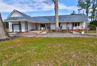 215 Old Stancil Road Kenly NC 27542-9222