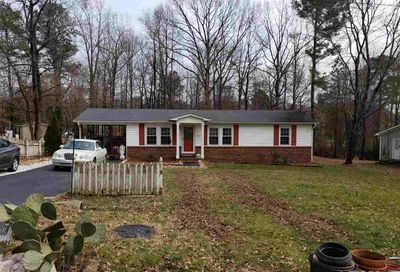 221 Holly Acres Road Holly Springs NC 27540