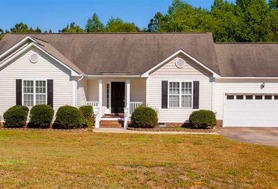 48 Golden Curls Court Clayton NC 27520