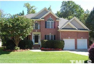 111 Drakewood Place Cary NC 27518