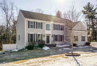 33 Pondfield Road Bedford NH