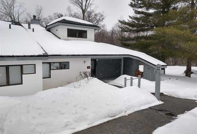 208 Woods Lane Killington VT