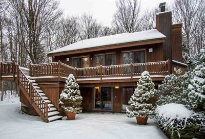 1566 East Mountain Road Killington VT