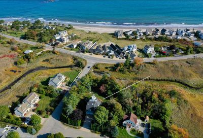2 Boulters Cove North Hampton NH 03862