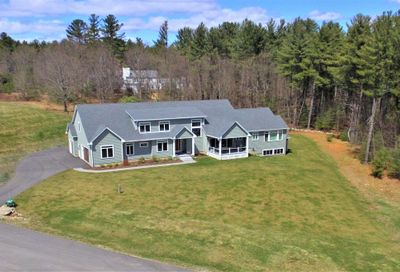 28 Foster's Drive Dover NH 03820