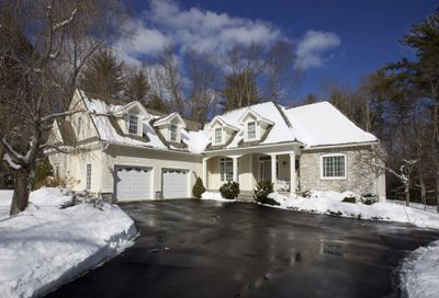 6 Sinclair Drive Exeter NH 03833