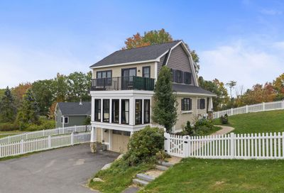12 Lookout Place Drive Newmarket NH 03857
