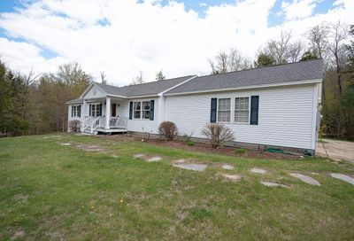 29 Valley View Road Hebron NH 03241