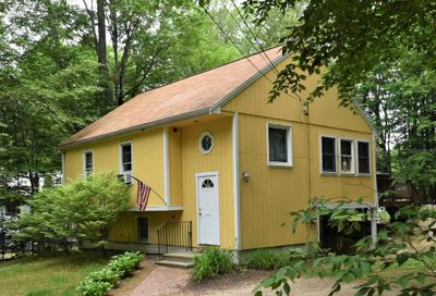 27 Dudley Drive Middleton NH 03887