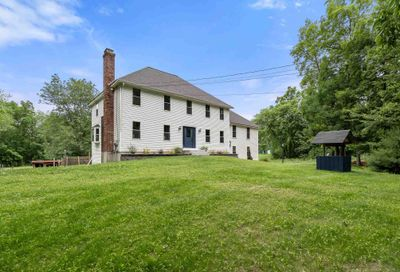 7 Newhouse Drive Derry NH 03038
