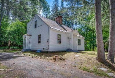 32 Valley Road Extension Hanover NH 03755