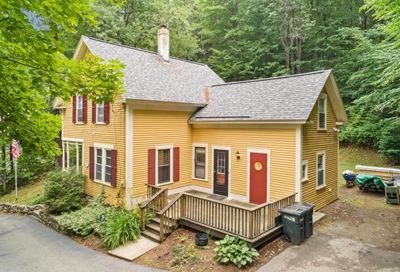 14 Meetinghouse hill Road New Boston NH 03070