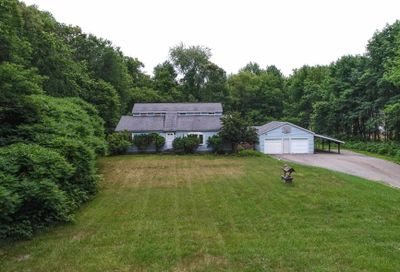 16 Fordway Road Raymond NH 03077
