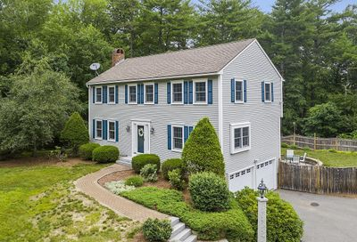 41 Quincy Drive Bedford NH 03110