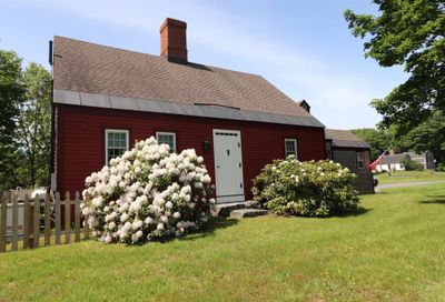 1 Russell Road Eliot ME 03903