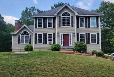 631 Lane Road Chester NH 03036