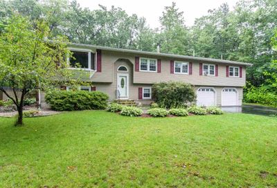 5 Waterview Drive Amherst NH 03031